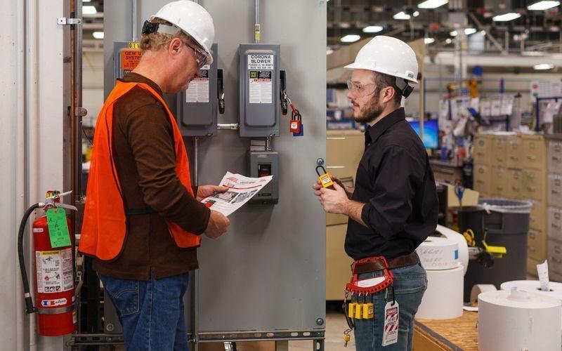 Нейлоновые компактные замки с алюминивой дужкой теперь совместимы с системой SafeKey