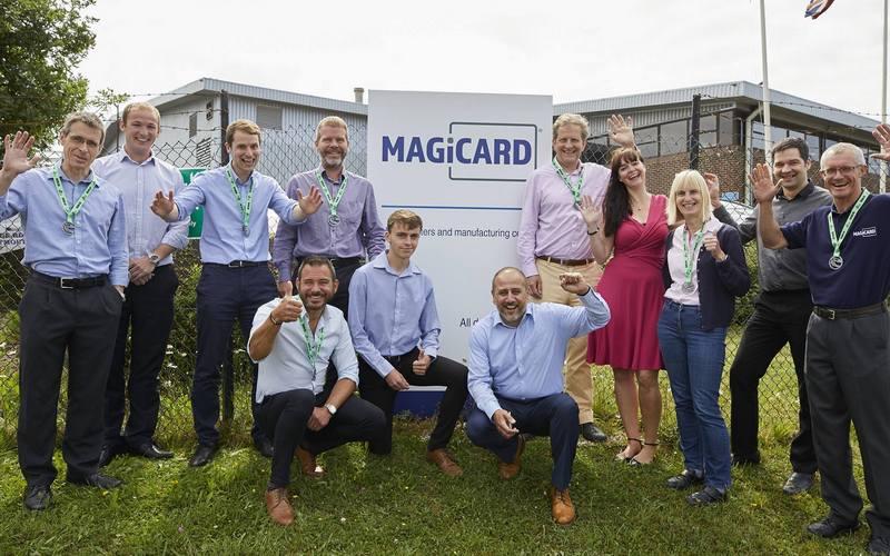 Brady покупает производителя принтеров идентификационных карт из Британии Magicard Limited